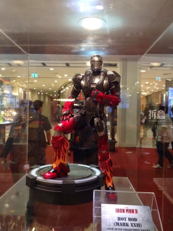hot-toys-kingdom-come-1st-annual (100)