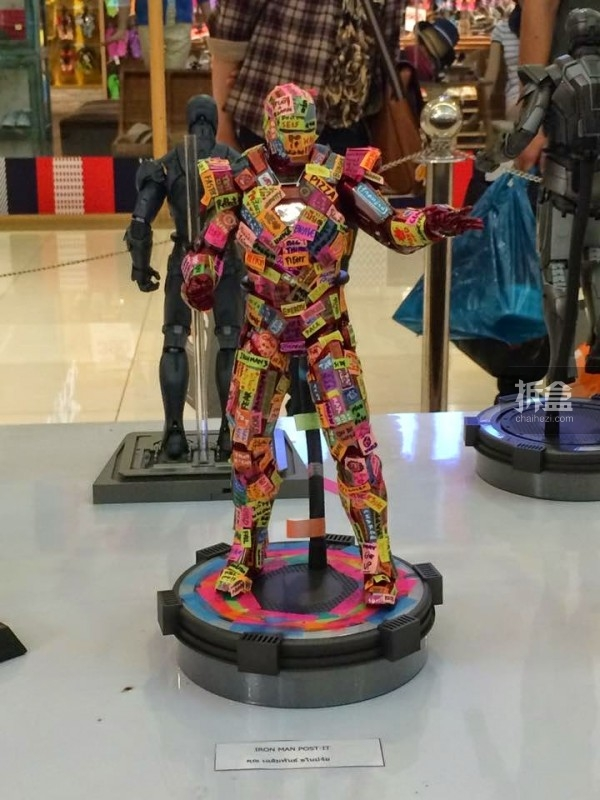 hot-toys-kingdom-come-1st-annual (42)