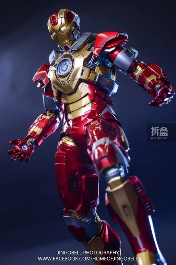 hottoys-ironman-Mark17-Jingobell-09