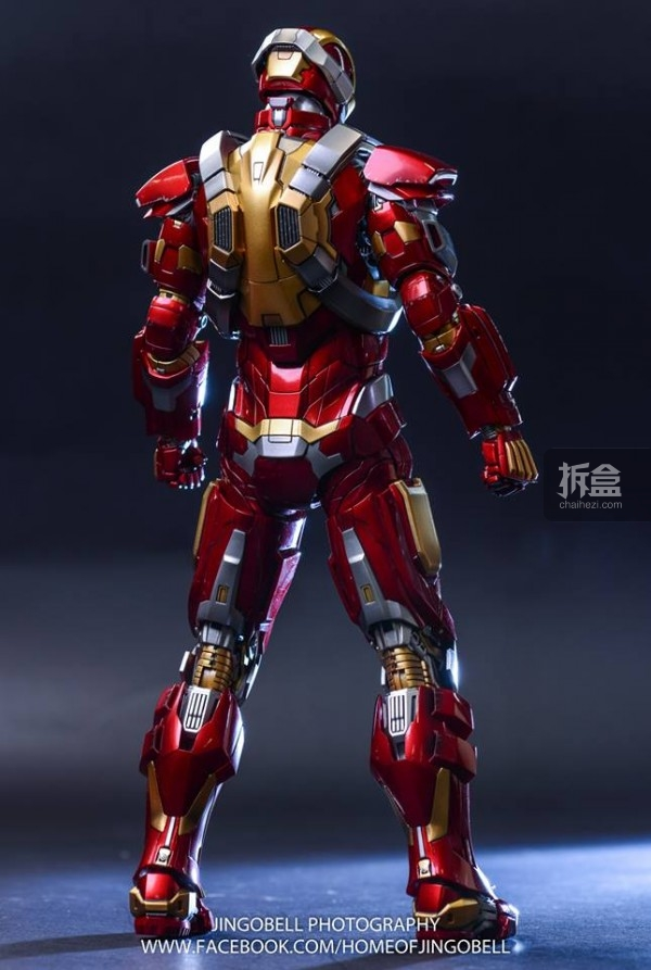 hottoys-ironman-Mark17-Jingobell-14
