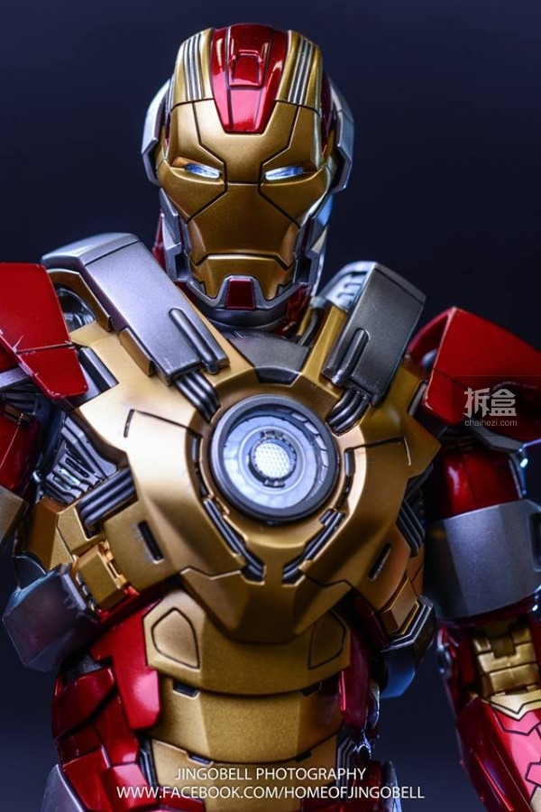 hottoys-ironman-Mark17-Jingobell-15