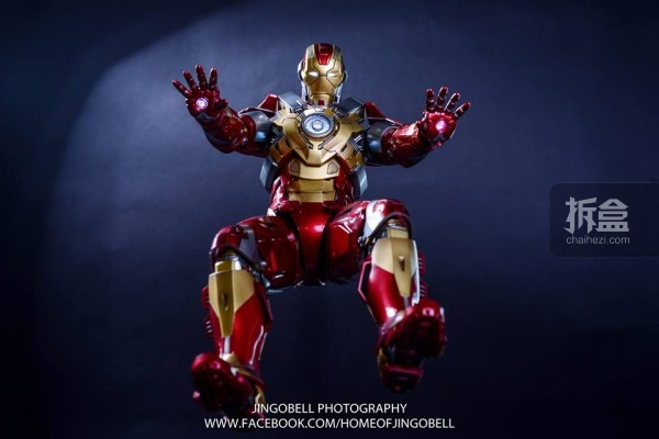 hottoys-ironman-Mark17-Jingobell-18
