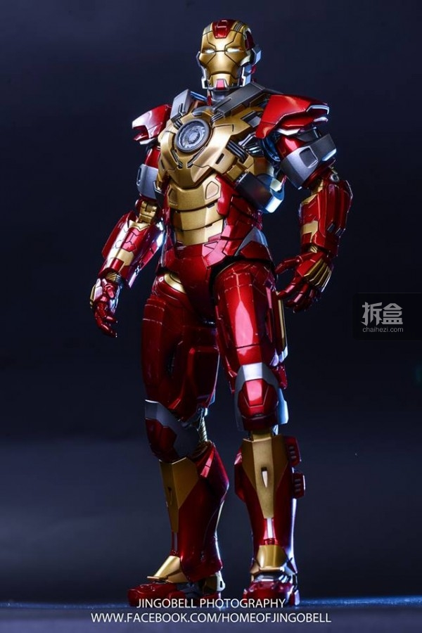 hottoys-ironman-Mark17-Jingobell-19
