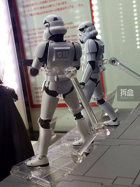 SHF-starwars-darth-Stormtrooper (2)