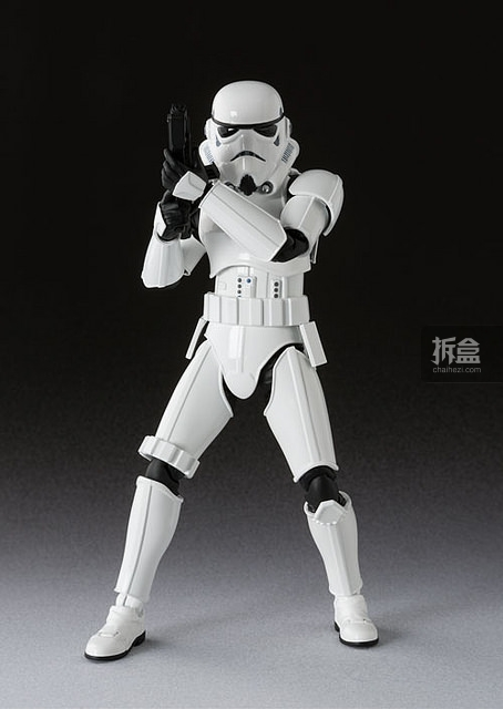 SHF-starwars-darth-Stormtrooper (5)