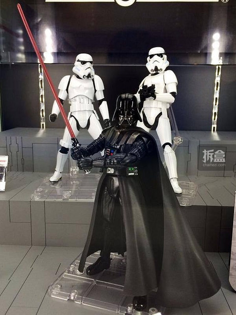 SHF-starwars-darth-Stormtrooper (9)