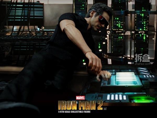 HT-Tony Stark with Arc Reactor-bing-003