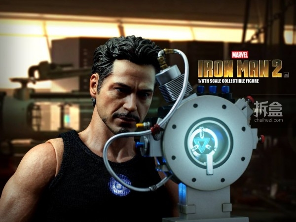 HT-Tony Stark with Arc Reactor-bing-004
