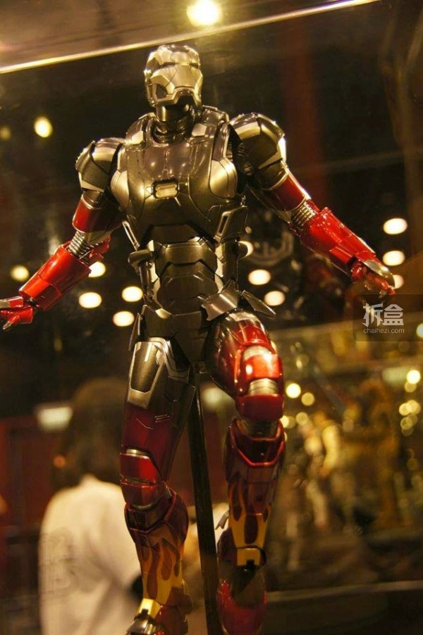 Hot Toys Booth at Toy Soul -Jingobell -001