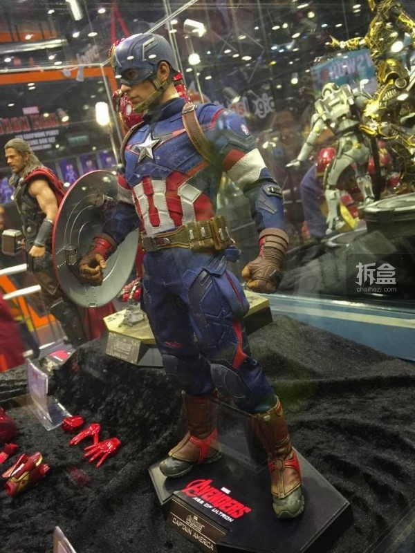 Hot Toys Booth at Toy Soul -Jingobell -005