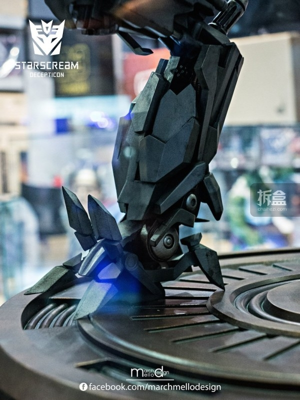 P1S-starscream--statue-showcase-002