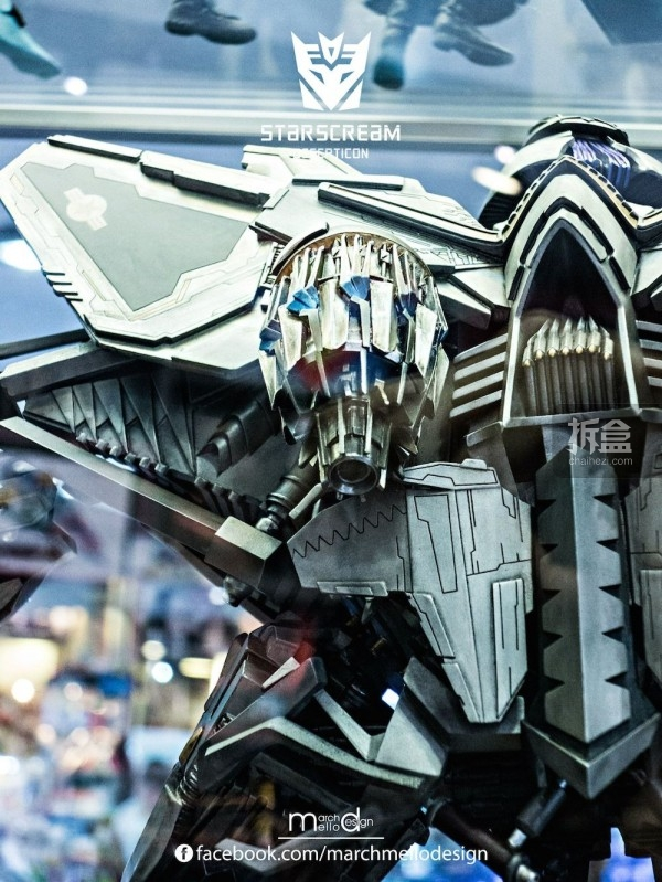 P1S-starscream--statue-showcase-015