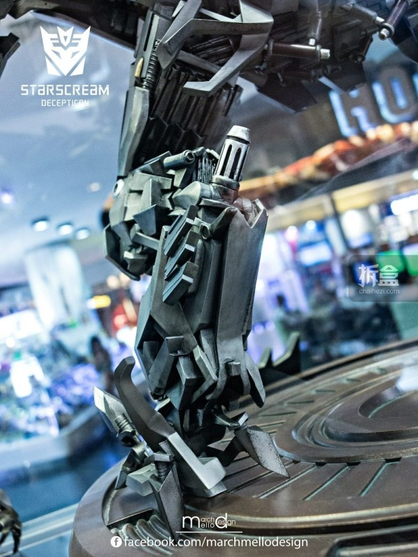 P1S-starscream--statue-showcase-017