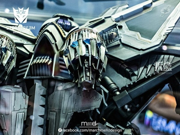 P1S-starscream--statue-showcase-018