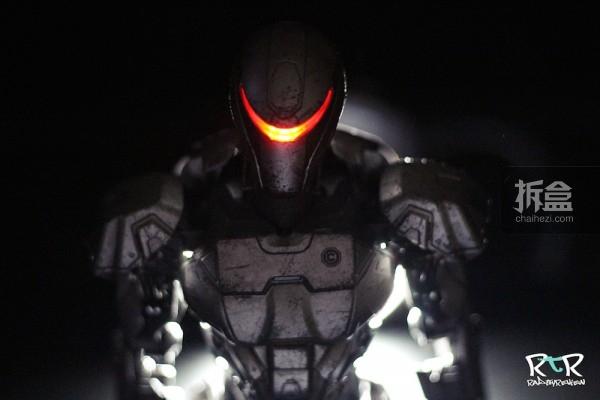 ThreeZero-RobocopEM-208–Review-015