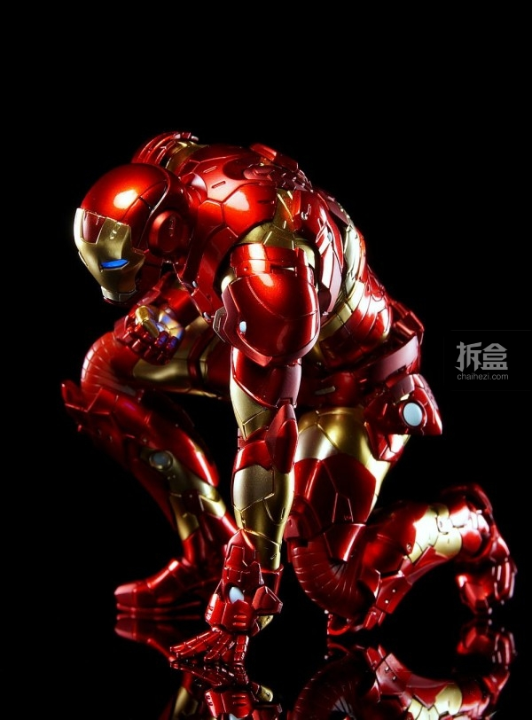 sentinel-REEDIT-IRON-MAN01-BleedingEdge-coming-008