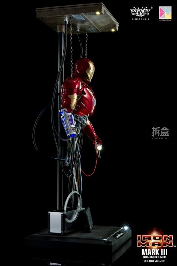 HotToys-ironman-mark3-construction-dickpo-008
