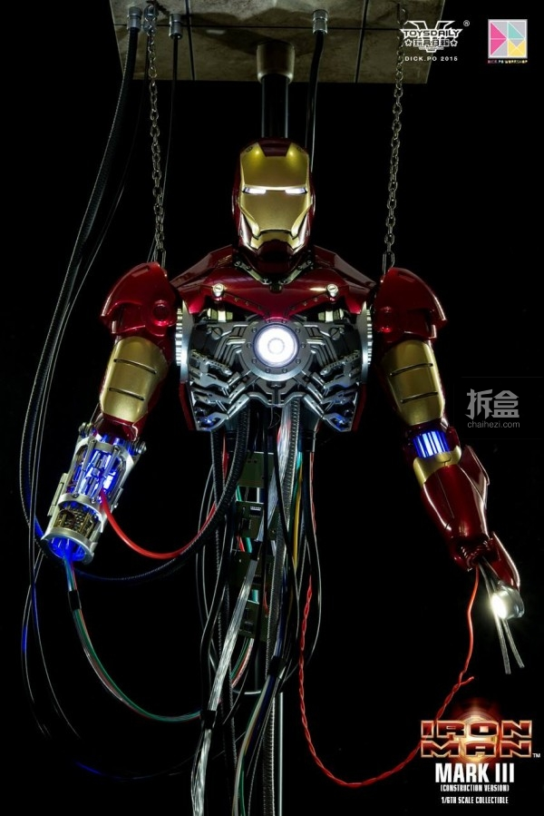 hottoys ironman mark3 construction dickpo 009