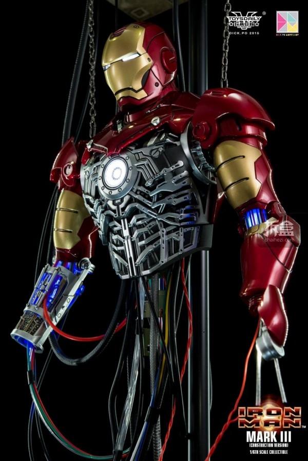 HotToys-ironman-mark3-construction-dickpo-011
