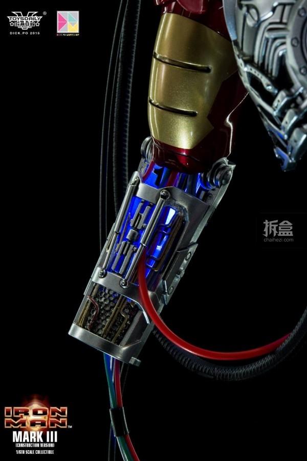 HotToys-ironman-mark3-construction-dickpo-018