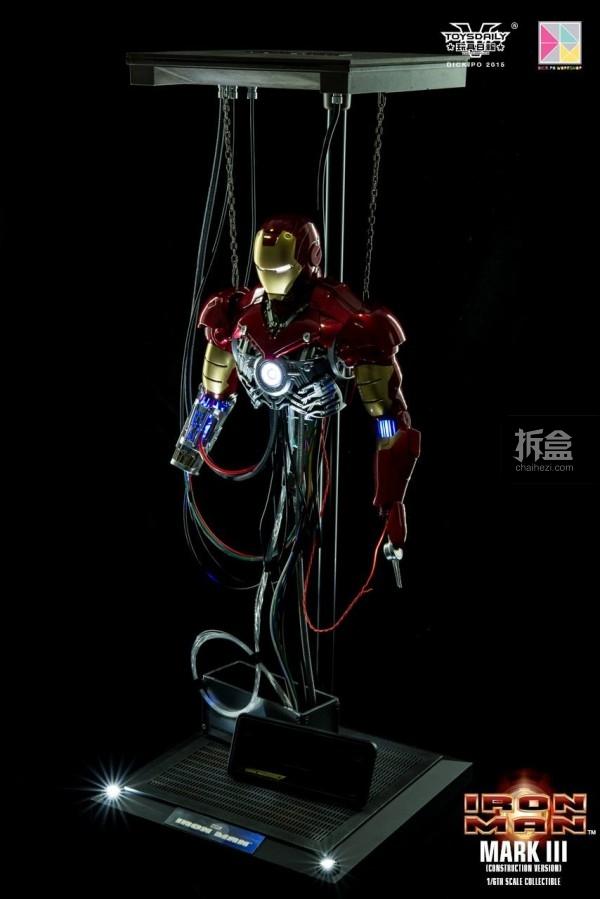 HotToys-ironman-mark3-construction-dickpo-025