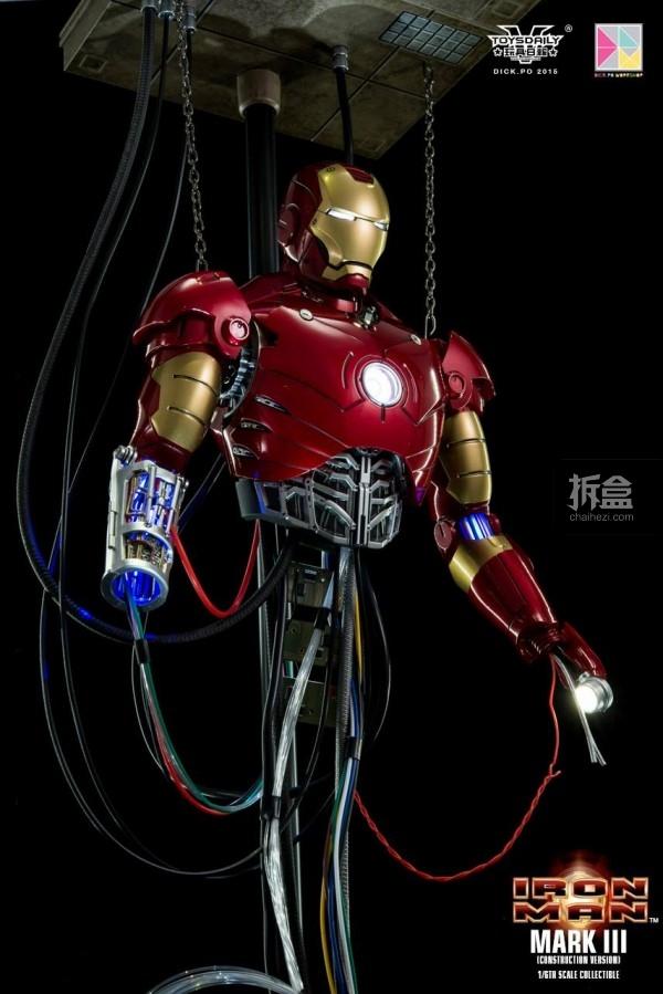 HotToys-ironman-mark3-construction-dickpo-027