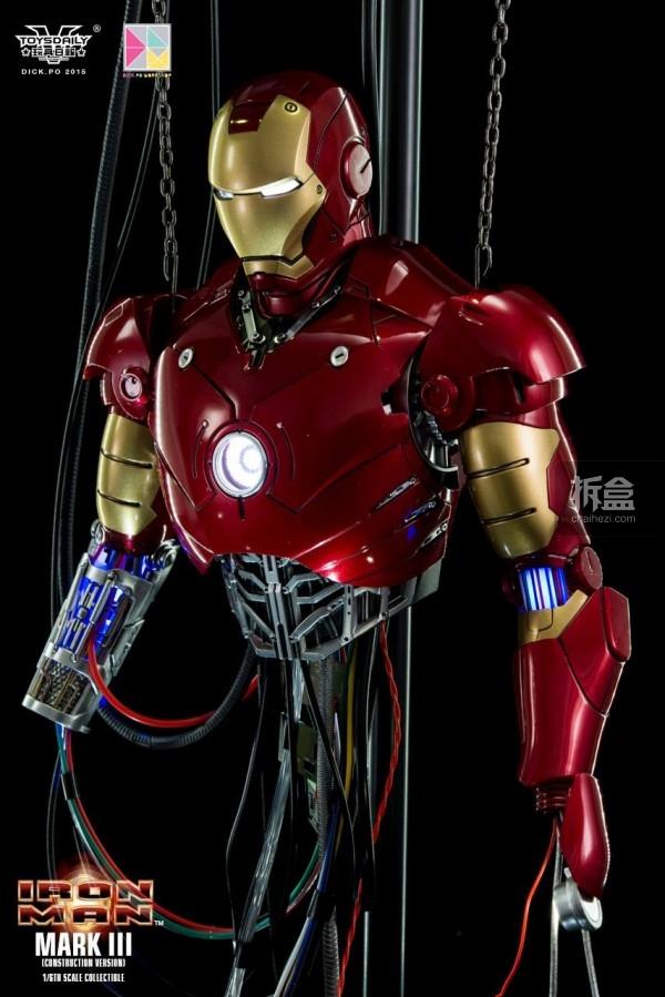 HotToys-ironman-mark3-construction-dickpo-034