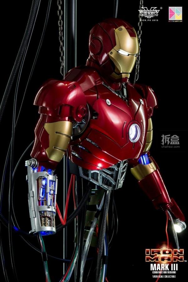 HotToys-ironman-mark3-construction-dickpo-038