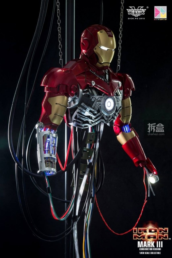 HotToys-ironman-mark3-construction-dickpo-042