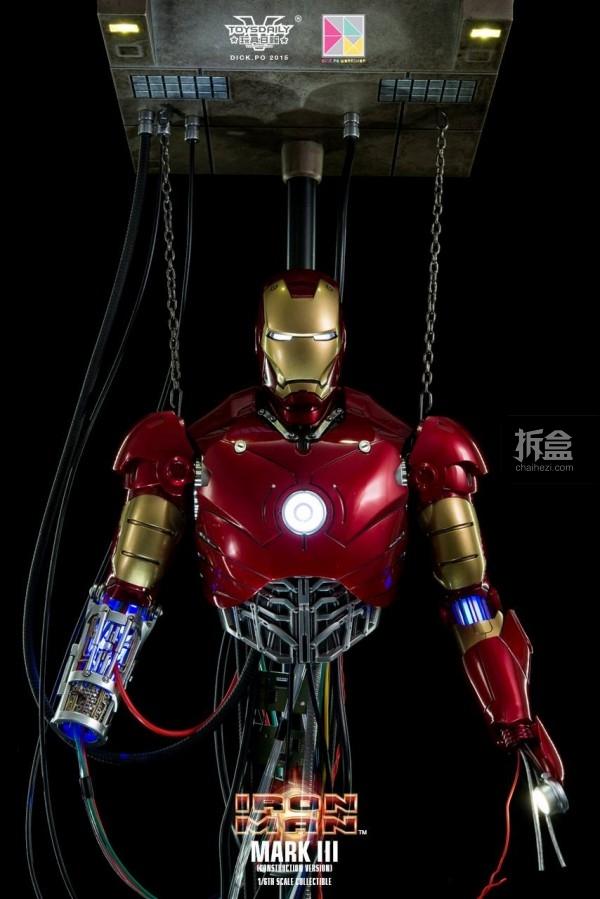 HotToys-ironman-mark3-construction-dickpo-045