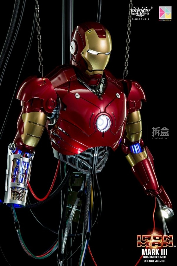 HotToys-ironman-mark3-construction-dickpo-049
