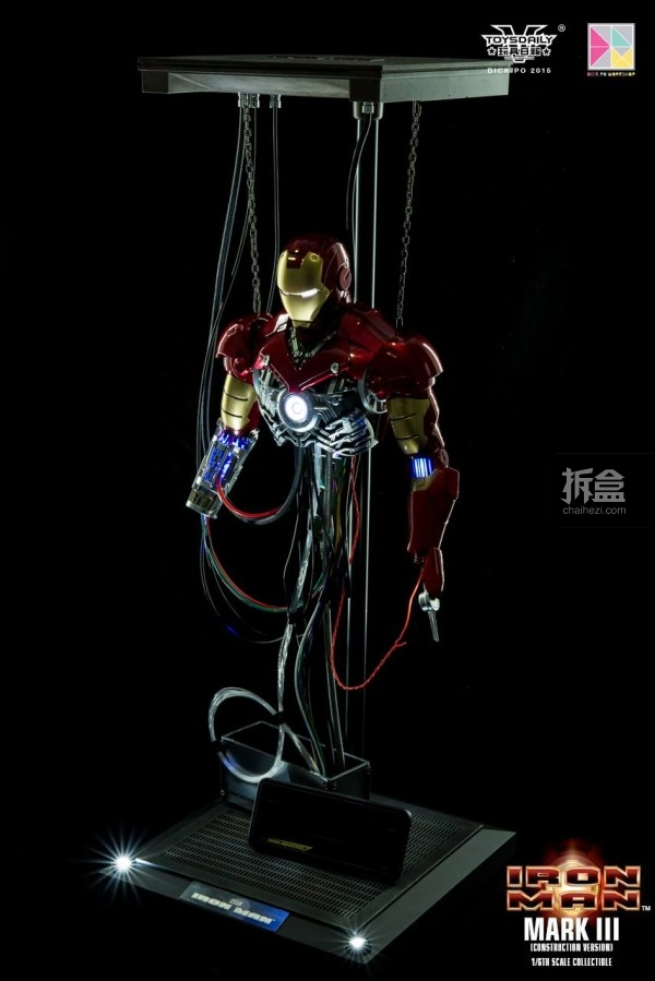 HotToys-ironman-mark3-construction-dickpo-054