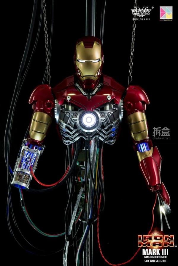 HotToys-ironman-mark3-construction-dickpo-059