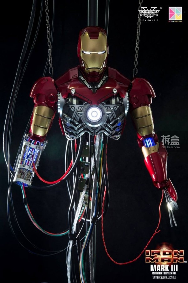 HotToys-ironman-mark3-construction-dickpo-061