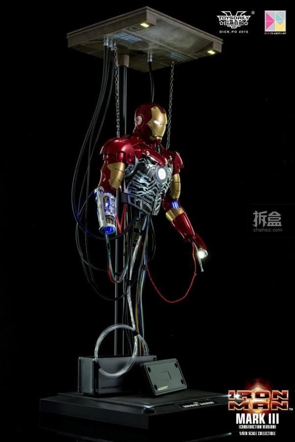 HotToys-ironman-mark3-construction-dickpo-064