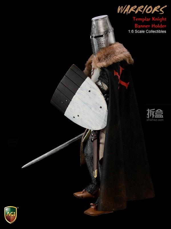 ACI24C-Templar Knight Banner Holder (10)