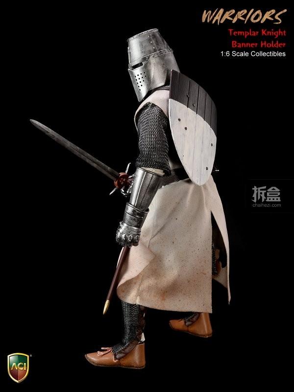 ACI24C-Templar Knight Banner Holder (3)