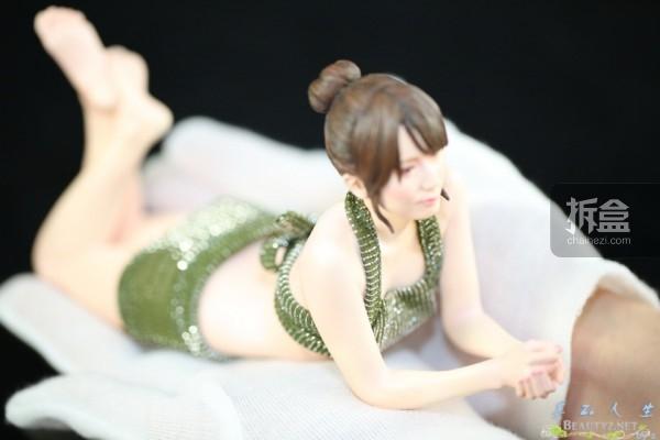 Hatano Yui-sashimi-sixth-poly (23)