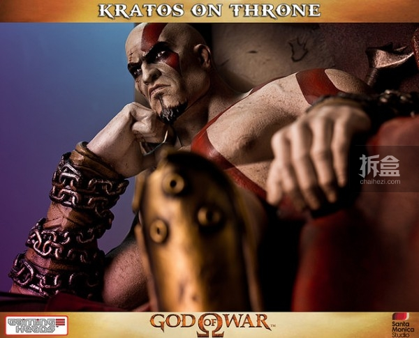 gamingheads-Kratos on Throne-statue (1)
