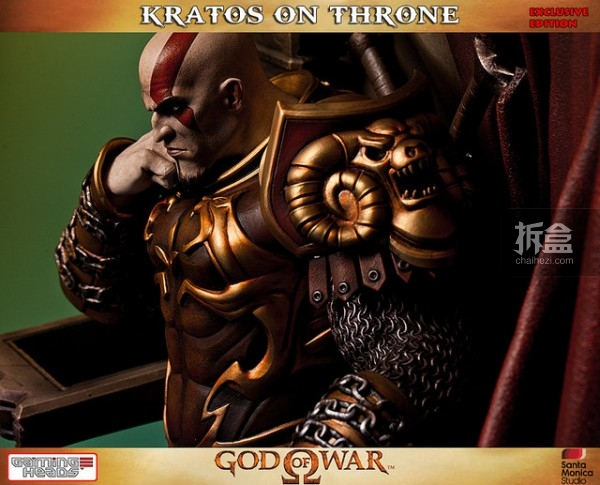 gamingheads-Kratos on Throne-statue (15)