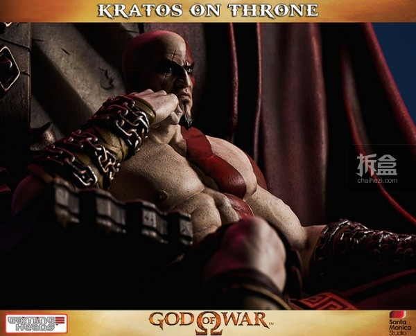 gamingheads-Kratos on Throne-statue (2)