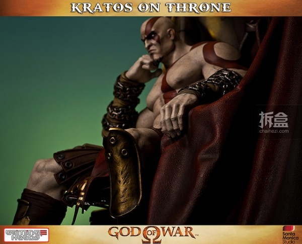 gamingheads-Kratos on Throne-statue (5)
