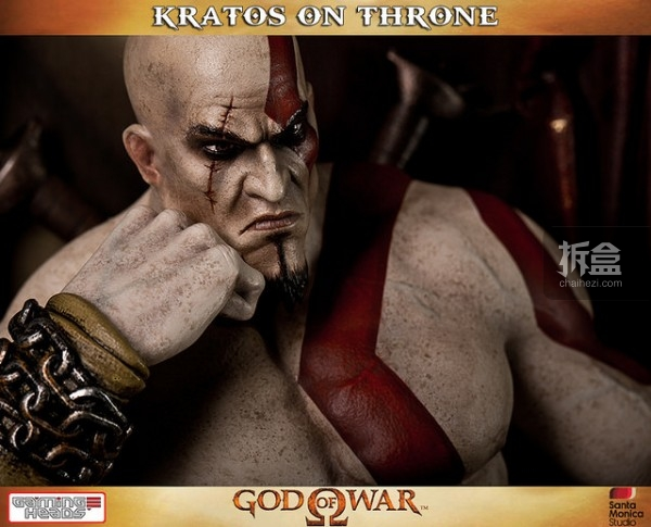 gamingheads-Kratos on Throne-statue (6)