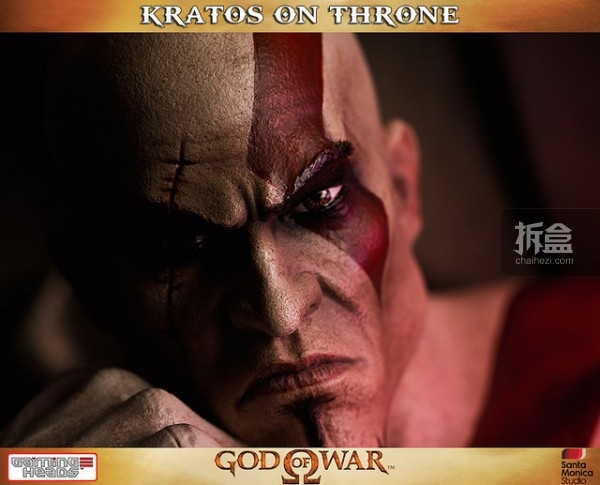 gamingheads-Kratos on Throne-statue (9)