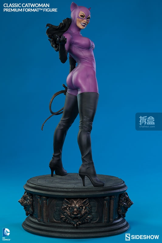 sideshow-Classic Catwoman-PF-figure (10)