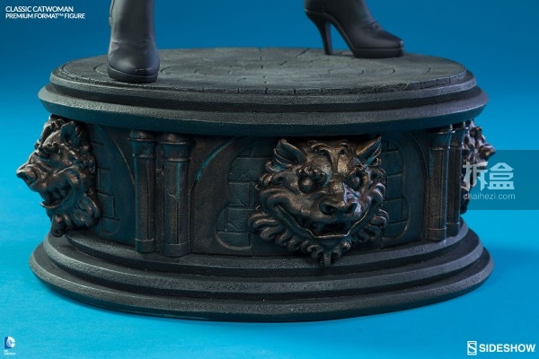 sideshow-Classic Catwoman-PF-figure (12)