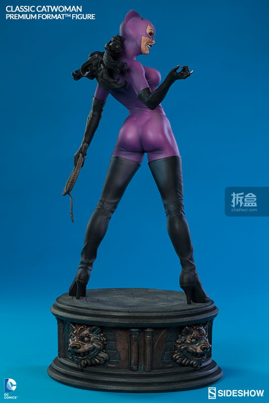 sideshow-Classic Catwoman-PF-figure (5)