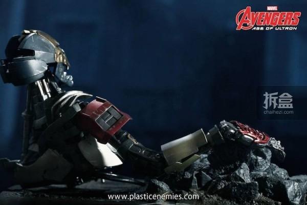 HT-PLASTIC ENEMIES-avengers2-MK43-1-6 (59)