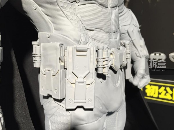 P1S-Batman Arkham Knight-batman-preview-033