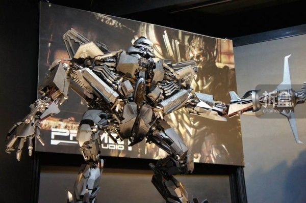 P1S-kotobukiya-exhibition-2015-004